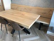 Op maat gemaakt: Eiken tafel met bijpassende eikenhouten bank