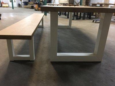 Eikenhouten tafel strak model